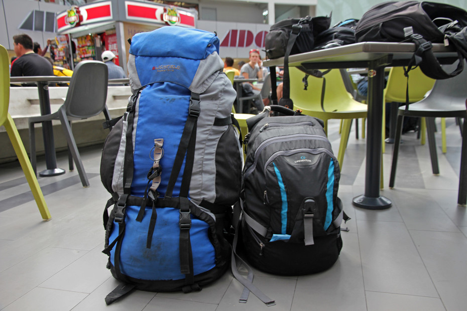 Best backpacks for travel, showing difference between trekking and carry-on backpack