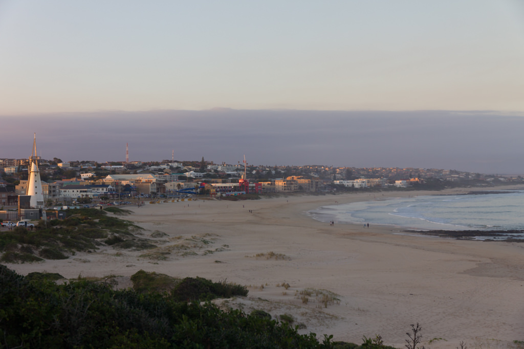 The beach in Jeffrey's Bay at sunset