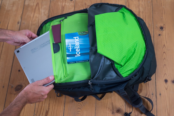 Organizer and laptop pockets of the Osprey Farpoint 40